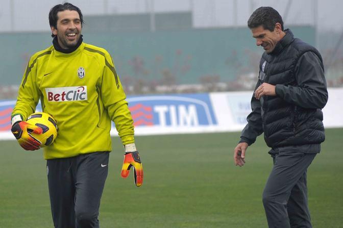 Gianluigi Buffon si allena a Vinovo con Claudio Filippi